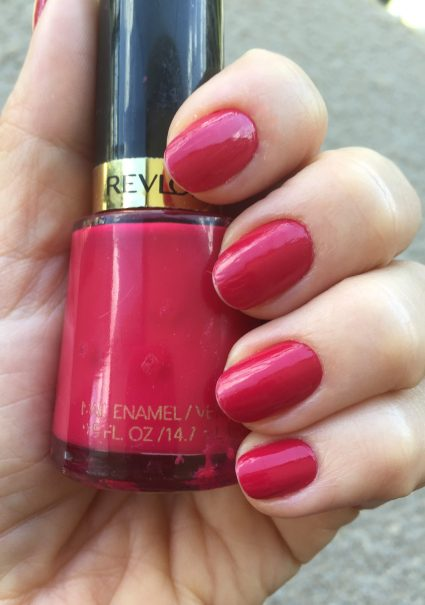 Cherries in the snow da Revlon