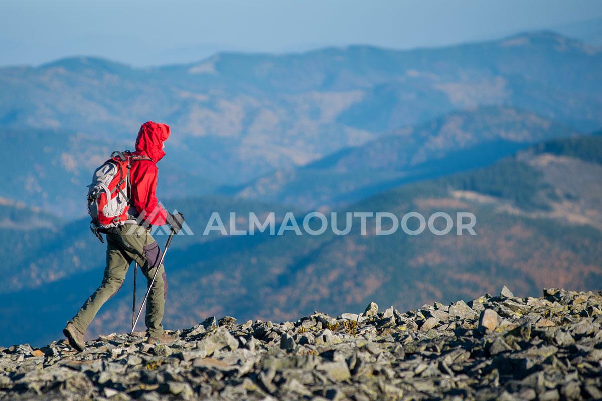 senderismo-trekking-alma-outdoor-actividad-02