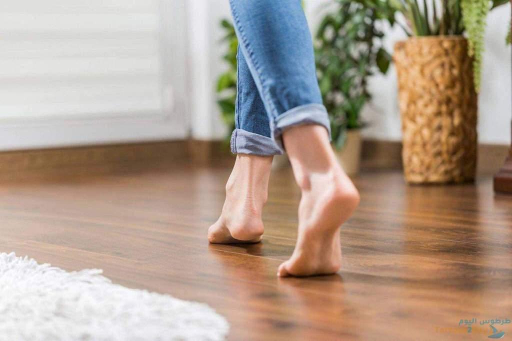 فوائد المشي على اطراف الاصابع