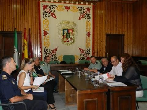 La Junta Local de Seguridad aprueba el procedimiento de coordinación y colaboración entre Guardia Civil y Policía Local para la protección de las víctimas de violencia de género