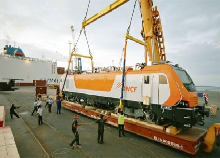 المكتب الوطني للسكك الحديدية يخصص حافلات لتأمين التنقل بسبب أشغال مشروع القطار فائق  السرعة