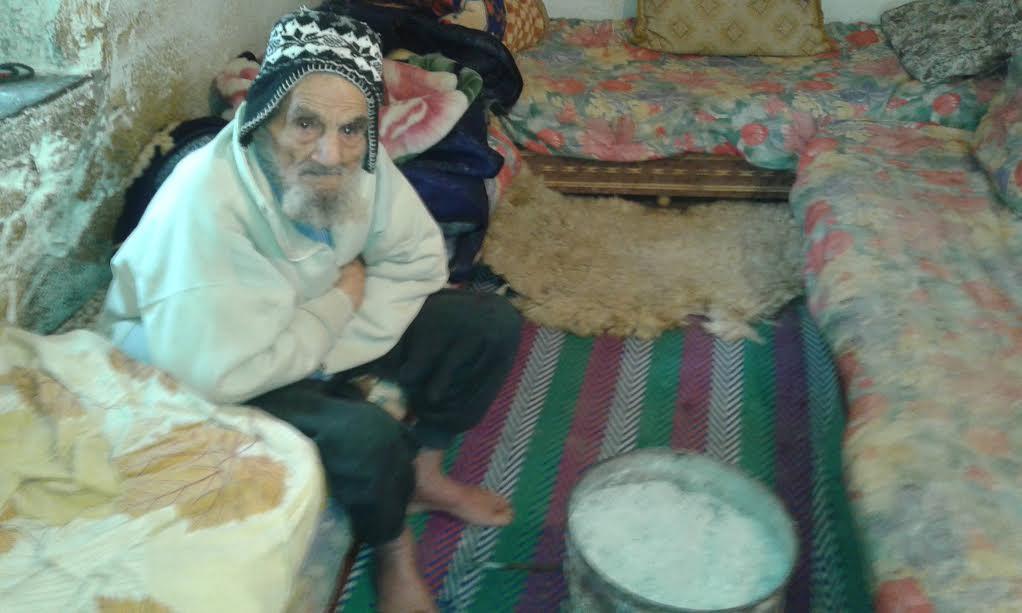مغربي عمره 140 سنة يصوم رمضان كاملا..ويعيش على الزيت والخبز