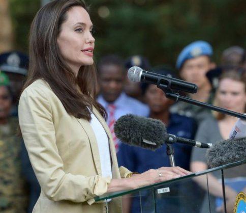 أنجيلينا جولي في زيارة خاصة لكينيا لهذا السبب..