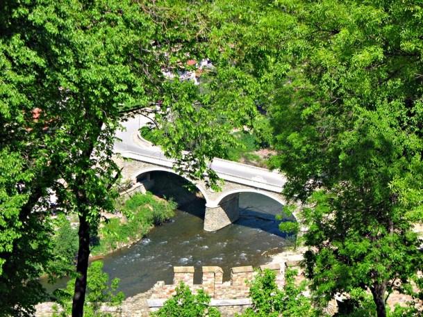 pod peste râul Yantra Veliko Tarnovo