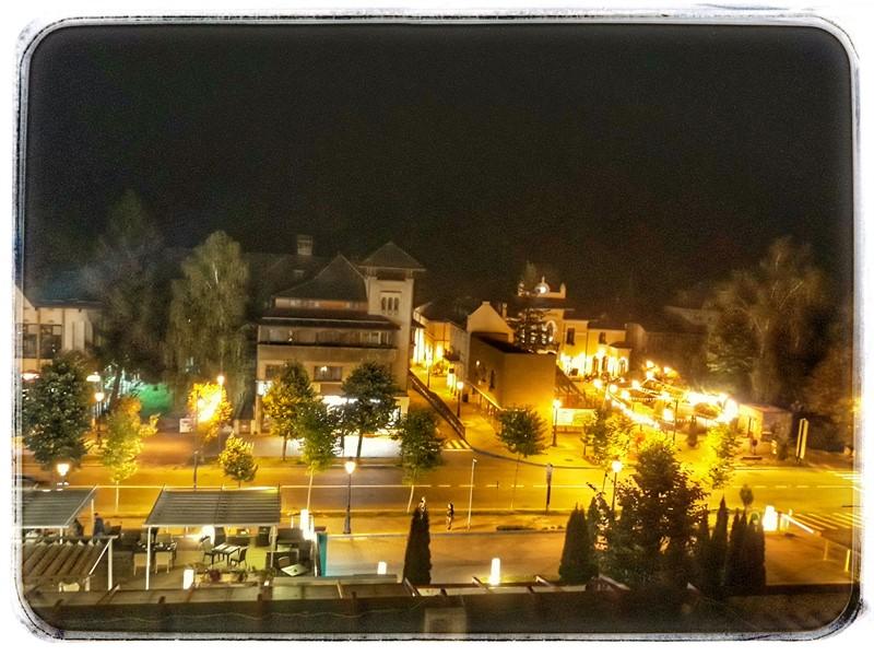 Centrul oraașului Sinaia, vedere de la Hotel New Montana
