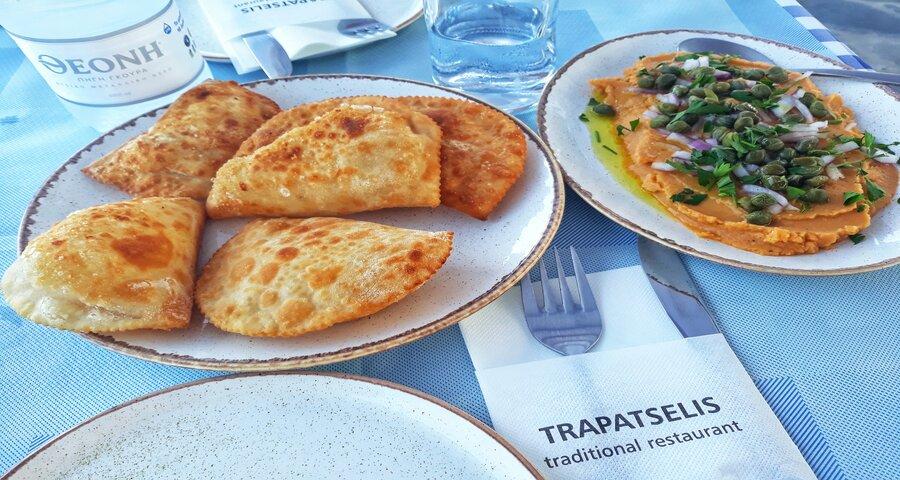 pitarakia și fava bucătăria cicladică
