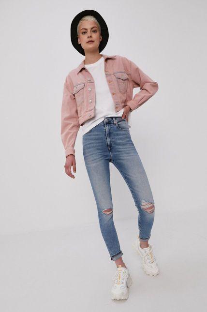 ținută casual cu jeans