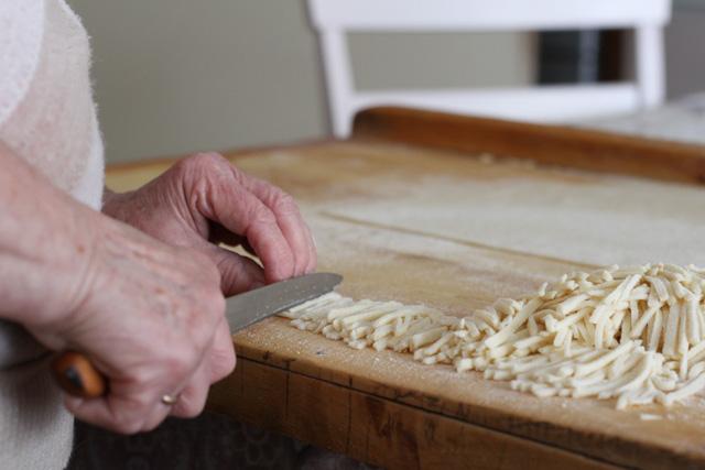 Slicing noodles