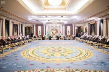 الملك يشرف مأدبة العشاء في الامارات9