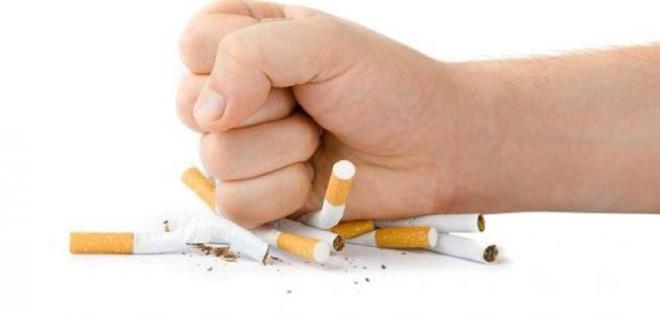 مخاوف من سقوط الشباب في فخ التدخين بعد تحذير الصحة العالمية