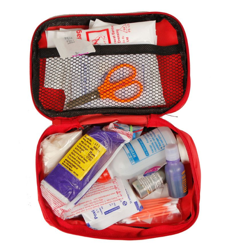 حقيبة الإسعافات الأولية المنزلية وأهميتها المرسال