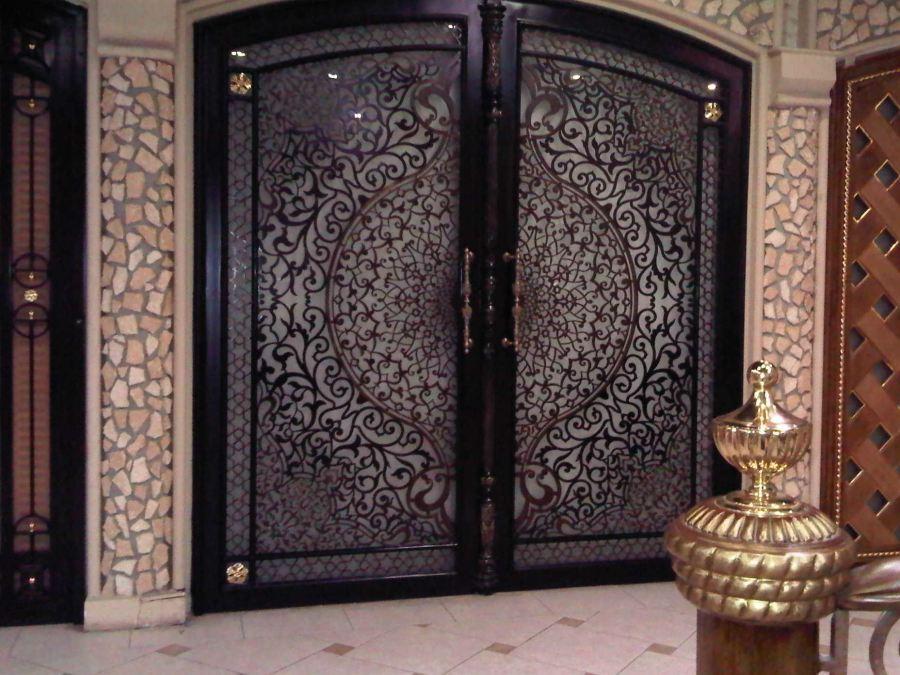 تقرير عن ابواب الليزر في ورش الحدادة والشركات المرسال