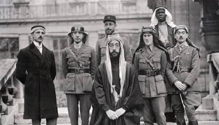 """هنا"""" نتائج الثورة العربية الكبرى - كوريكسا"""