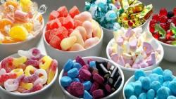 تفسير حلم اكل الحلوى في المنام