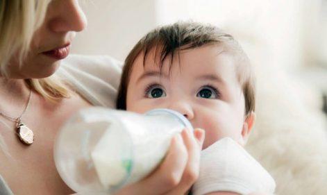 جدول كمية الحليب الصناعي للرضع