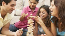 تفسير حلم اللعب مع العائلة في المنام