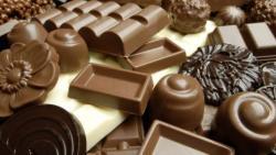 تفسير حلم توزيع الشوكولاتة في المنام