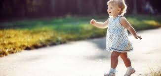 تفسير حلم ان ابنتي تمشي في المنام