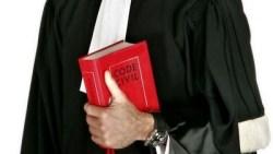 تفسير حلم رؤية ارتداء لباس المحامي في المنام
