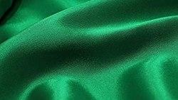 تفسير حلم الحرير الأخضر في المنام