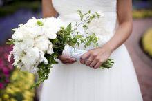 عروس تفضح خيانة عريسها في حفل زفافها