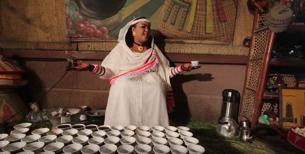 الفنانة ندى القلعة تفجر مفاجأة العام وتقدم فيديو كليب من أديس أبابا تغني فيه باللهجة الأثيوبية