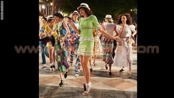 عارضات أزياء «شانيل» يعدن الحياة إلى قلب هافانا1