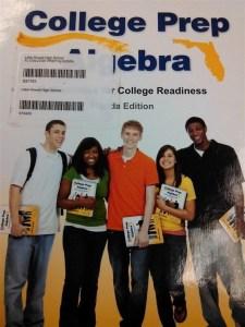 غلاف كتاب مدرسي يحير مستخدمي الإنترنت