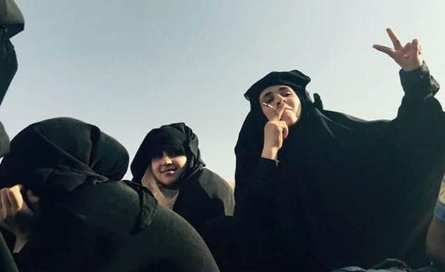هكذا احتفل أهل منبج بطرد داعش