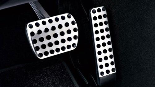 سيارة - فرامل - أسباب عدم تجاوب دواسة البنزين مع السائق