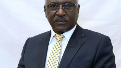Photo of وزير النقل يصل بورتسودان لاحتواء احتجاجات عمال الموانئ