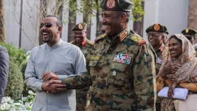 Photo of قوى الحرية والتغيير تعلق العصيان والمجلس العسكري يعتبر الإنترنت تهديدا للأمن