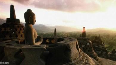 """Photo of معبد """"بوروبودور"""" البوذي في جزيرة جاوة الإندونيسية، أكبر وأهم معبد بوذي خارج الهند. ويقدر مؤرخون أن المعبد قد بني بين 790 و860 بعد الميلاد"""