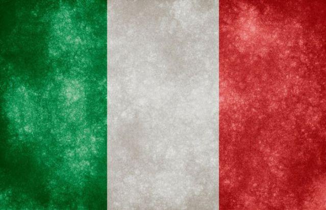 بالفيديو  : ايطاليا تتخلص من الدنمارك بعشرة لاعبين
