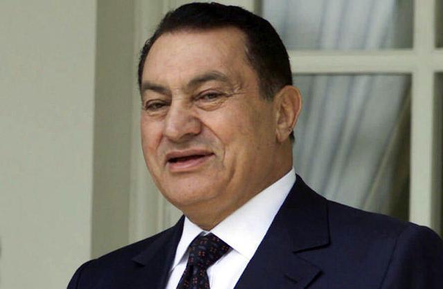 حسني مبارك: أمريكا طلبت قواعد عسكرية في مصر بأي ثمن