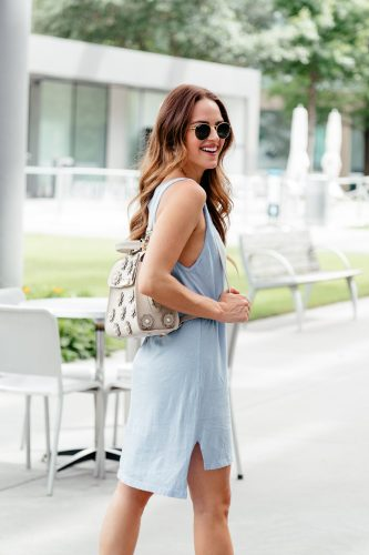 Easy Summer Outfit: T-shirt Dress & Backpack
