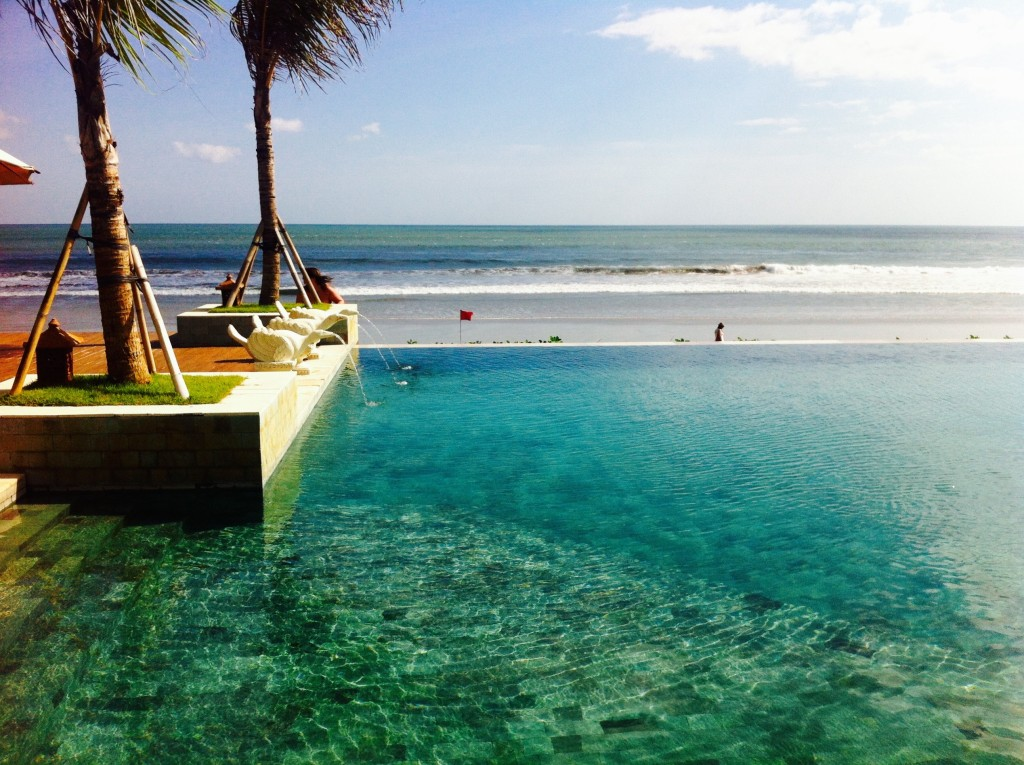 A LOVELY PLANET - TRAVEL - Seminyak Resort