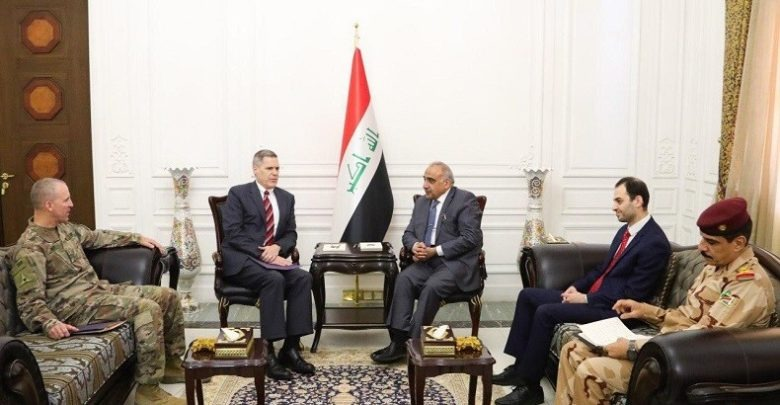 جانب من لقاء رئيس وزراء العراق والسفير الأمريكي