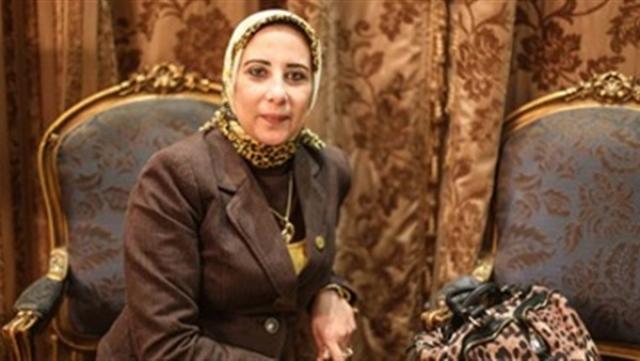 الدكتورة منى الشبراوي