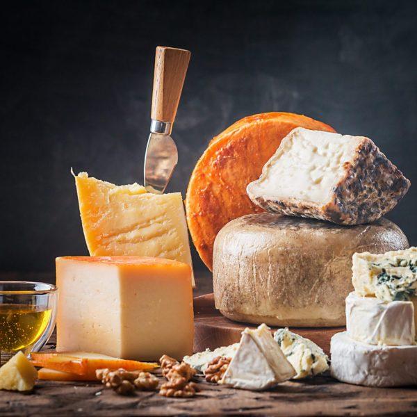cassetta formaggi locali
