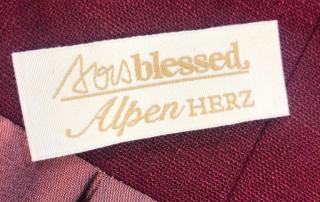 Non-Profit Kollektion mit AlpenHerz und Sois Blessed aus München