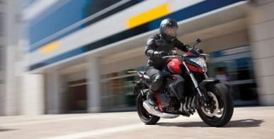 Honda CB1000R in Aktion