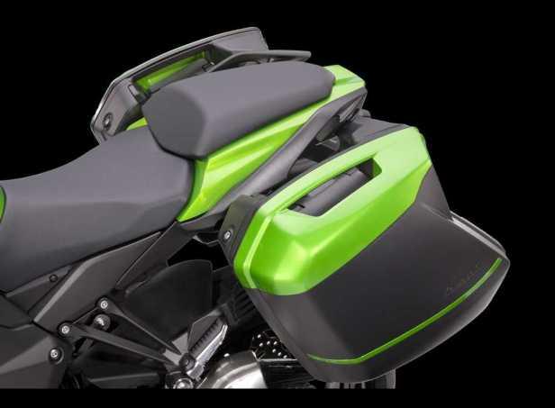 2014-Kawasaki-Z1000SX-4