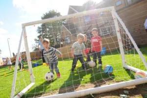 garden_football