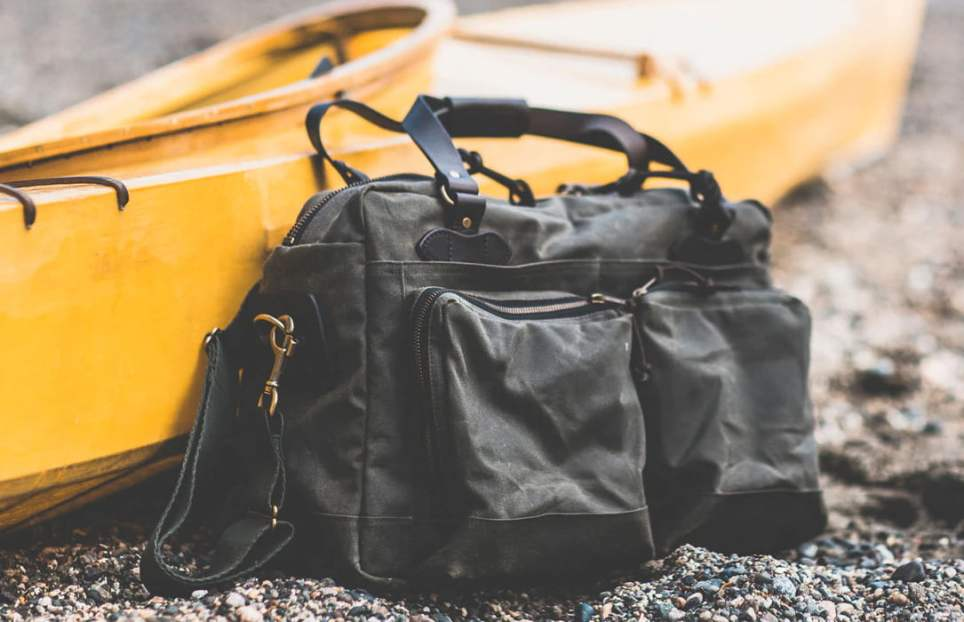 Filson 48-Hour Tin Cloth Weekender Bag for Guys