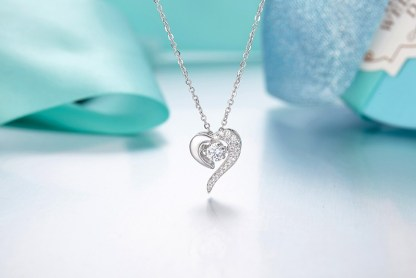 Simulated_diamond_925-sterling-silver-necklace-pendant-13585C