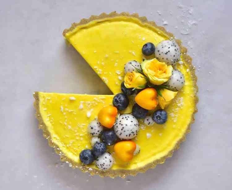vegan pistachio & lemon tart