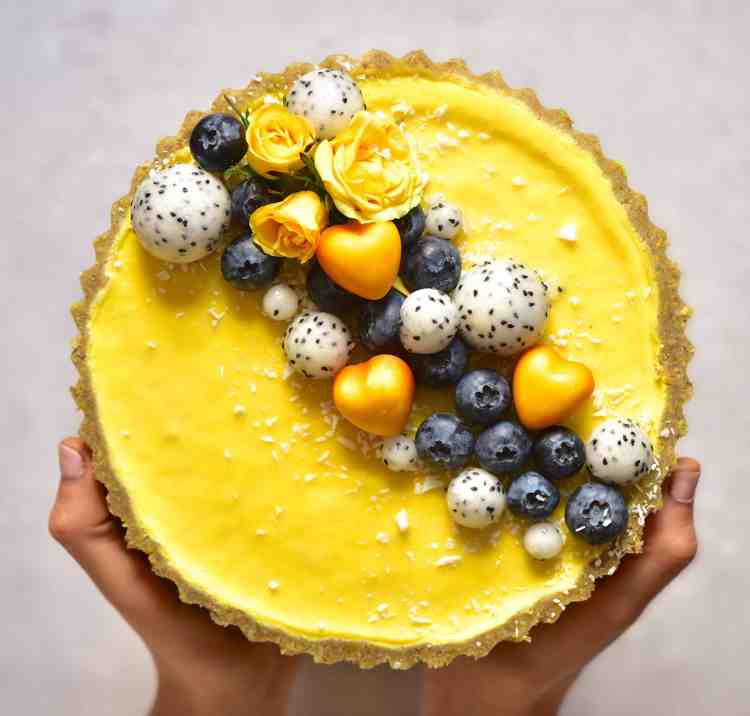 vegan pistachio & lemon tart with a raw vegan pistachio crust