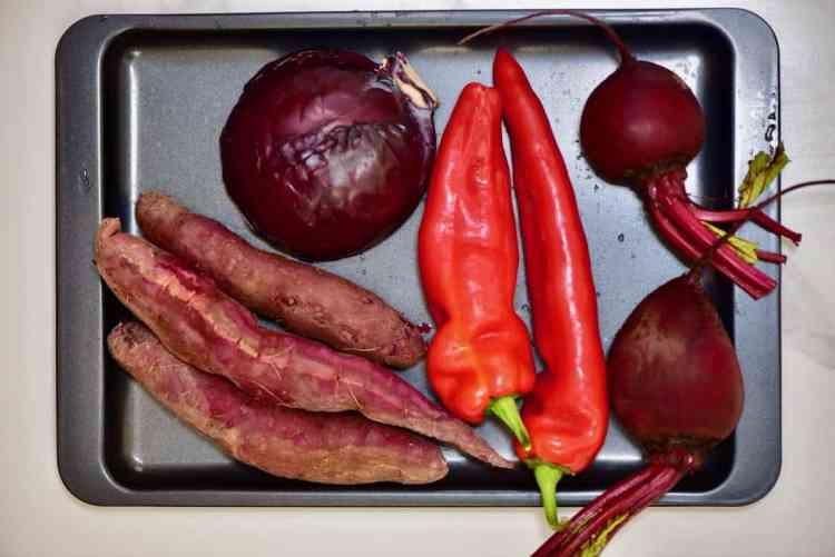 Rainbow veggie spread