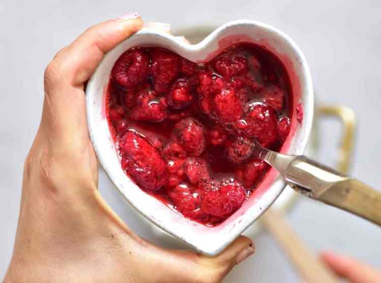Mashed raspberries for tart filling